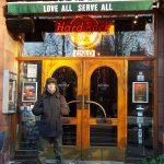Ale davanti Hard Rock Cafe Oslo
